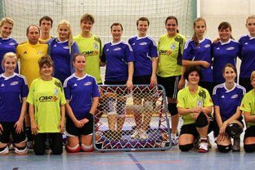 Die Frauen der Nationalmannschaft und der SG Urbich drückten dem jüngsten Thüringenliga-Spieltag ihren Stempel auf.
